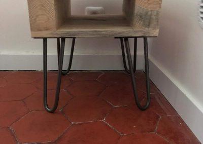 Table de nuit en bois de palette