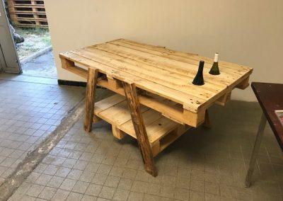Table type camping en bois de palette